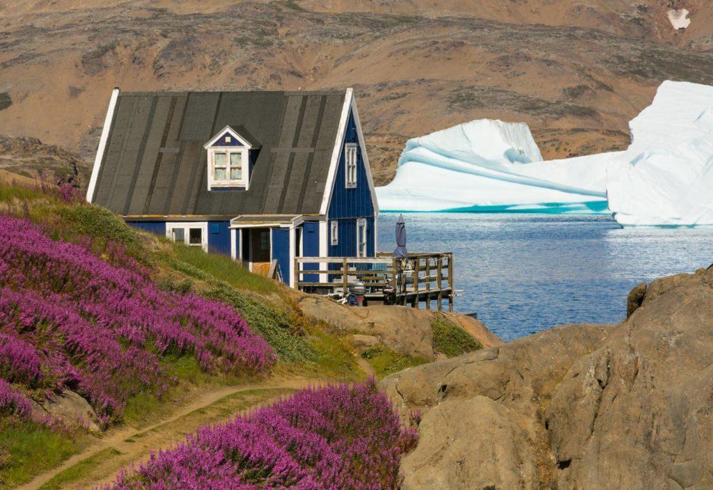 Greenland house Tasiliaq