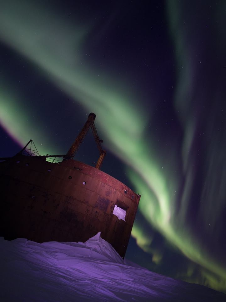 Ithaca shipwreck churchill northern lights