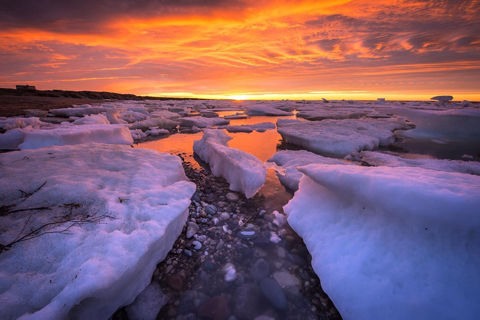 sunset ice floes churchill, Manitoba